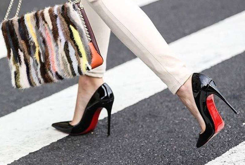 http://sapica.com/wp-content/uploads/2018/05/iconic-shoes_1-800x540.jpg